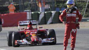A Alonso se le para el Ferrari en los entrenamientos de Jerez