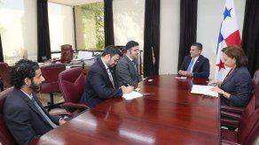 Panamá y Dubái coordinan encuentro empresarial