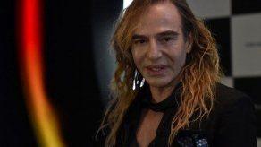 John Galliano contratado como director artístico de una empresa rusa de cosmética