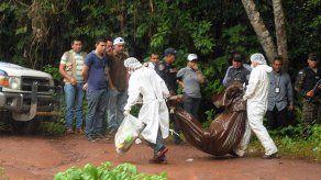Llegan a Medicina forense los restos de Miss Honduras y su hermana