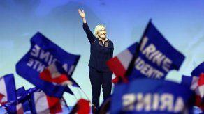 La salida del euro prometida por Le Pen hace temblar a empresarios en Francia