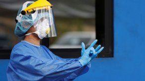 Panamá contratará médicos extranjeros de 5 países para reforzar la lucha contra el COVID-19