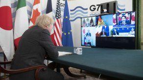El G7 y Biden se comprometen a reforzar la ayuda a la vacunación en los países pobres