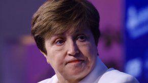 Directora del FMI habla con Argentina sobre una solución ordenada a la deuda