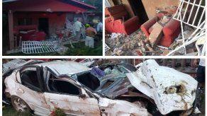 Conductor bajo efectos del alcohol choca y destruye una casa en Chiriquí