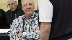 Anuncian museo sobre leyenda Larry Bird en Indiana
