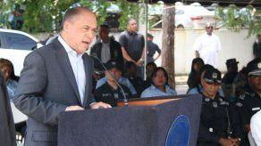 Aguilera recomienda a sucesor trabajar contra violencia doméstica y en reinserción