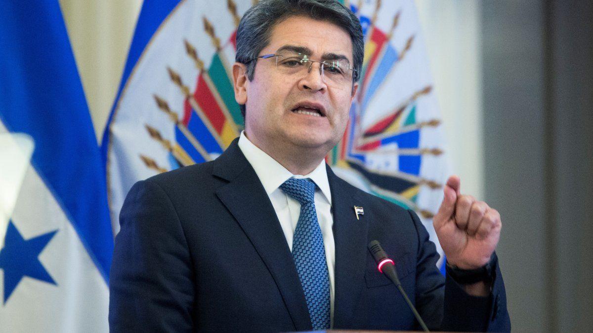 La Fiscalía de Manhattan acusa al presidente de Honduras, Juan Orlando Hernández de estar en el centro del tráfico de drogas que pasa por la nación centroamericana.