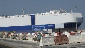 Buque israelí atraca en Dubái tras explosión misteriosa