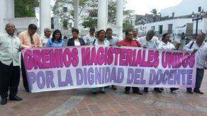 Docentes en Veraguas deciden extender huelga por 24 horas más