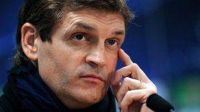 El fútbol español se solidariza con el extécnico Tito Vilanova