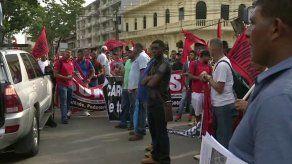 Obreros panameños marchan contra la corrupción y piden una Constituyente