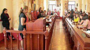 Moradores de Plaza Valencia se reunieron con autoridades municipales