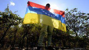 Escasez de insumos hospitalarios en Venezuela se agrava: reutilizan marcapasos