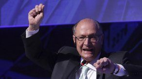 Brasil: Crece apoyo a candidato de derecha a la presidencia