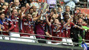 Aston Villa regresa a la Premier al ganar playoff ante Derby