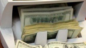 Autoridad de Aduana confisca más de 91 mil dólares a ciudadano chileno
