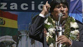 Evo Morales dice que hay dictadura civil