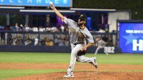 Dario Agrazal Jr sin decisión en su debut en Grandes Ligas