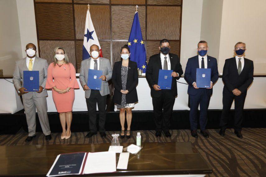 El acuerdo contó con la firma de los ministros de Ambiente y Seguridad de Panamá