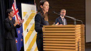 Nueva Zelanda termina cuarentena tras aislar casos del virus