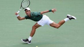 Serbio Djokovic abre con buen paso el Masters 1000 de Toronto