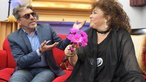Amanda Miguel y Diego Verdaguer promueven romanticismo clásico en era digital