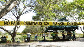 Extraen primeros restos en nuevas exhumaciones de víctimas de la invasión