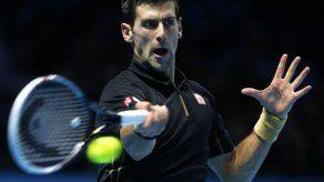 Novak Dojkovic sigue sin ceder un set