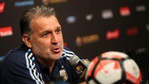 AFA confirma que Martino sigue como seleccionador de Argentina