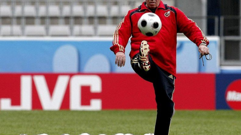 Del Bosque: Luis marcó el camino de los éxitos de la selección española
