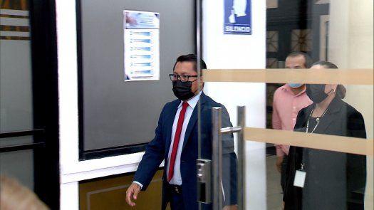 El diputado Arquesio Arias a su salida de la audiencia de lectura de sentencia.