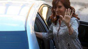 Procesan a Cristina Fernández por tener en su casa documentos históricos