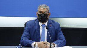 Ministro Sucre releva del cargo a director Regional de Salud de Veraguas por irregularidades en vacunación