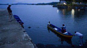 Iglesias evangélicas realizan bautizo masivo en el Gran Lago de Nicaragua