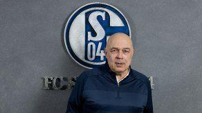 El Schalke 04 oficializa a Christian Gross como nuevo entrenador