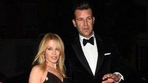Kylie Minogue no se ha prometido con Paul Solomons