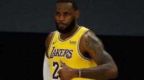 El Rey LeBron James y los Lakers a por el trono histórico de la NBA