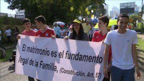 Panameños se encuentran a nivel nacional en una Caminata por la Familia