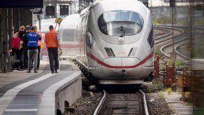 Alemania: Investigan por qué hombre empujó a niño hacia tren
