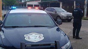 Hieren a comerciante asiático en Samaria y la Policía activa búsqueda de dos sujetos