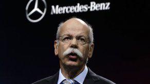 Daimler retirará 238.000 vehículos con control de emisiones