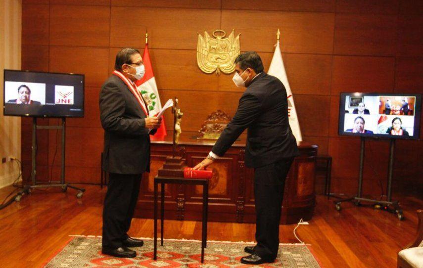 El magistrado Víctor Raúl Rodríguez se incorporó este sábado al jurado