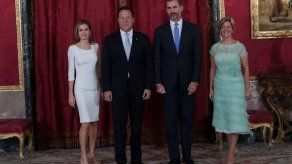 Lorena vs. Letizia: ¿Quién lució mejor?