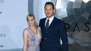 Anna Faris y Chris Pratt trabajan muy duro para garantizar la estabilidad familiar