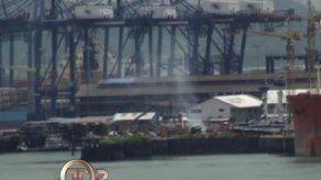 Se registra incendio de un remolcador en el astillero del puerto Balboa