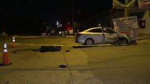 Fallece unidad de la Policía Nacional al chocar su moto contra un vehículo sedán en La Chorrera