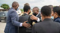 Martine Moise fue recibida en la pista del aeropuerto internacional de Puerto Príncipe por el primer ministro interino, Claude Joseph, quien está al frente del Gobierno de Haití desde que ocurrió el magnicidio.
