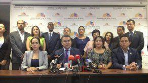 Líderes de Alianza País piden expulsar de Ecuador a la firma Odebrecht