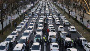Uber y Cabify se van de Barcelona tras cambio en normativa